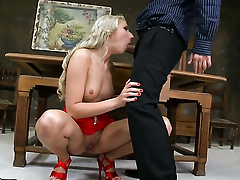 Blonde Ary getting down and nasty in steamy hardcore action with horny guy
